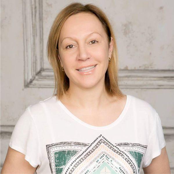 Виктория Тополян